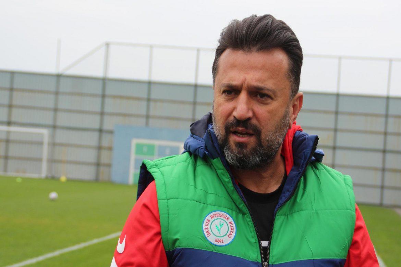 Bülent Uygun: Beşiktaş'ı yenerek taraftarımızı mutlu etmek istiyoruz