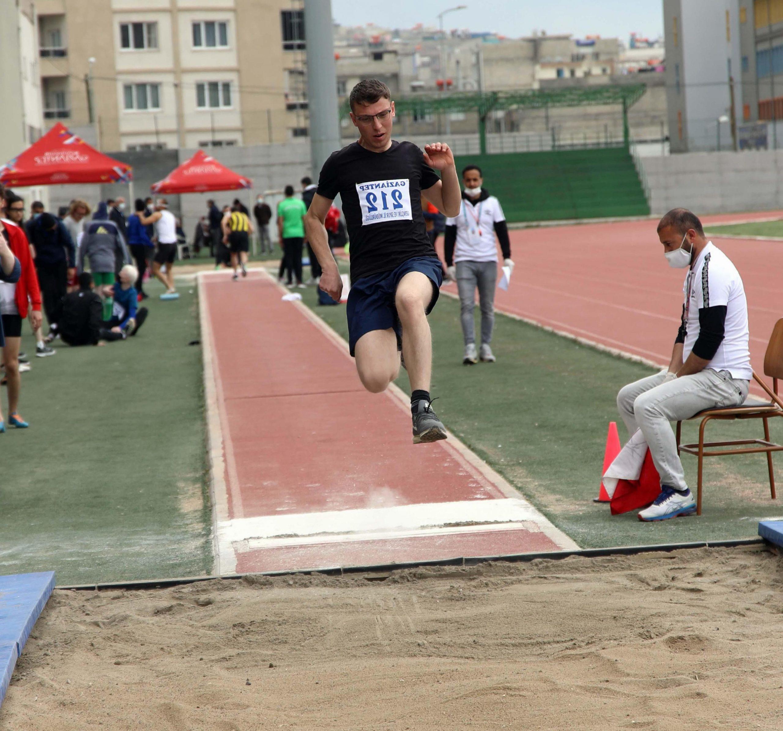 Türkiye Görme Engelliler Atletizm Şampiyonası Gaziantep'te başladı