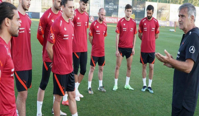A Milli Takım'ın EURO 2020 kampı Antalya'da başladı