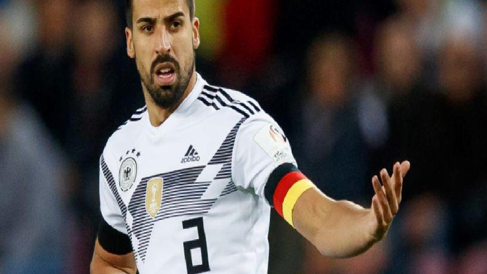Alman futbolcu Sami Khedira, kramponları asıyor!