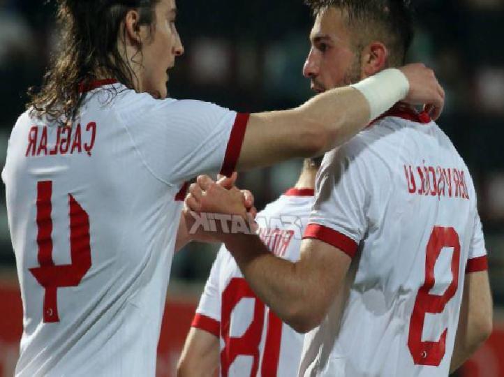 Altay Bayındır, Rıdvan Yılmaz ve Halil Dervişoğlu, milli forma ile ilk maçında