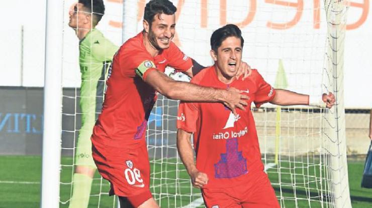 Altınordu'da futbolcular Süper Lig'i istiyor