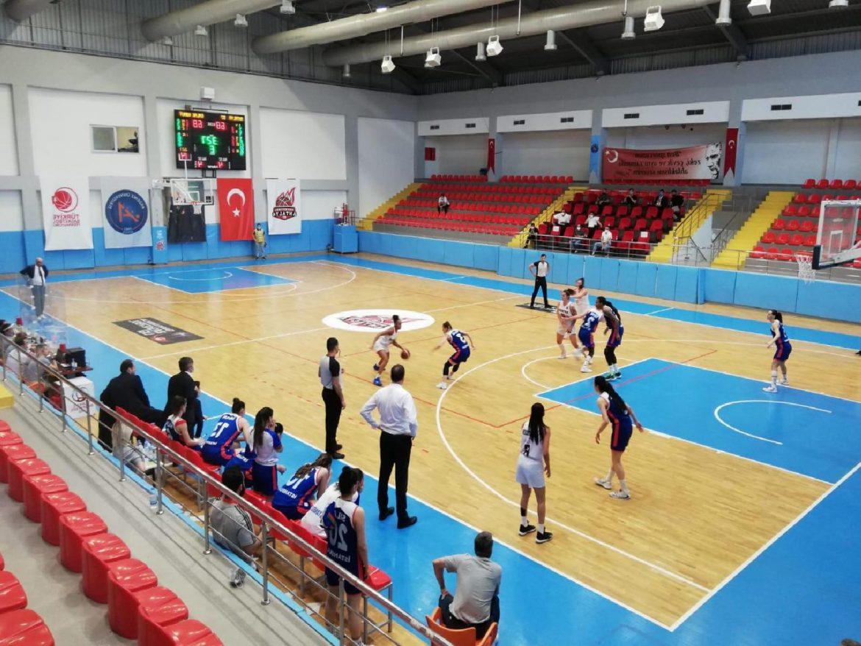 Antalya 07 Basketbol-Emlak Konut maç sonucu: 82-65