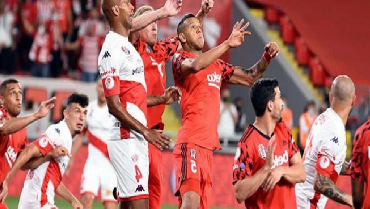 Antalyaspor kötü başladığı sezonu kupa finaliyle bitirdi