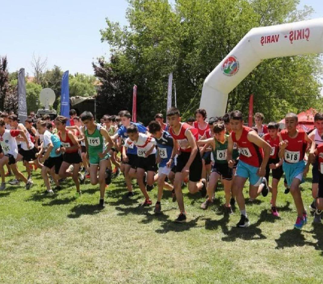 Atletizm Geliştirme Projesi ve Bölgesel Kros finalleri Gaziantep'te yapıldı