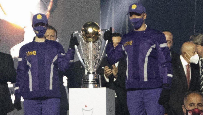 Beşiktaş'a Şampiyonluk Kupası'nı Getir'di