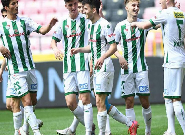 Bursaspor'da bu sezon altyapının büyük başarısı