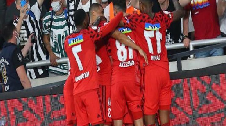 Cumhurbaşkanı Beşiktaş'ı tebrik etti