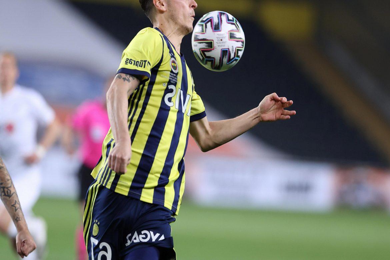 Fenerbahçe ile Kayserispor, ligde 50. kez karşılaşacak