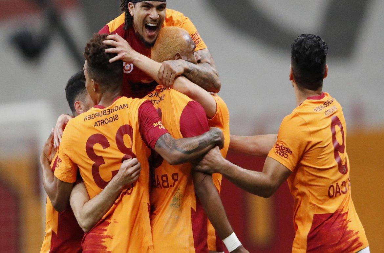 Galatasaray'da DeAndre Yedlin, formasına kavuştu
