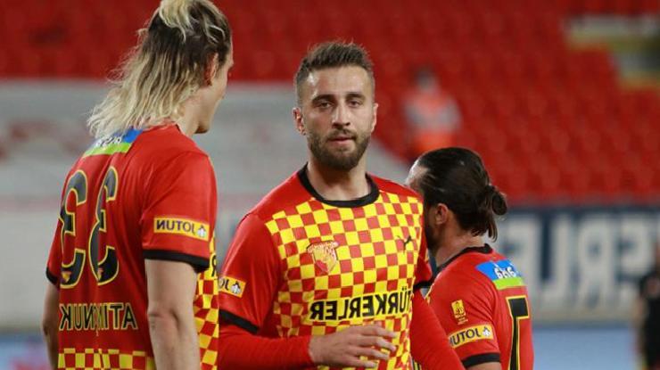 Galatasaray'ın transfer ettiği Alpaslan Öztürk'ün sözleşme şartları belli oldu