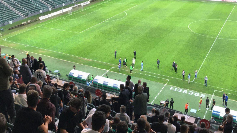 Kocaelispor-Hekimoğlu Trabzon maçı neden geç başladı?