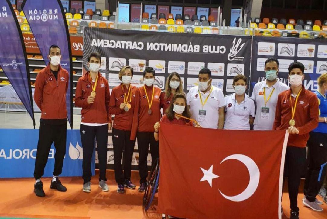 Milli para badmintoncular'dan İspanya'da 5 madalya