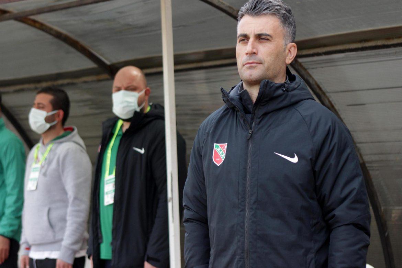 Misli.com 3. Lig   Karşıyaka'da İbrahim Cezayir dönemi sona erdi