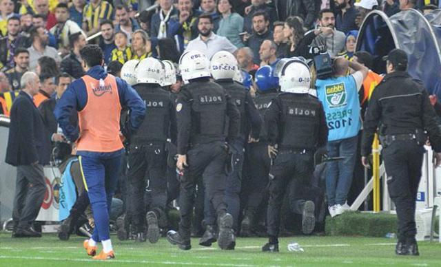 Olaylı Fenerbahçe-Beşiktaş derbisi davasında karar verildi!