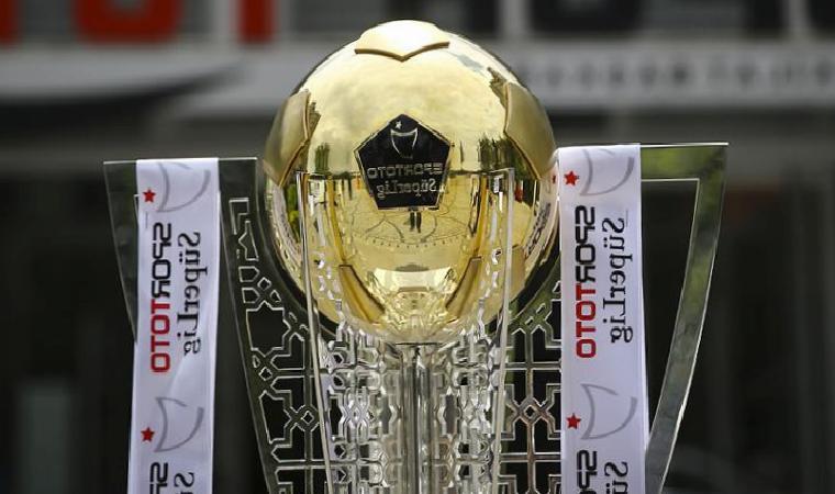 Süper Lig'de muhteşem şampiyonluk yarışı! Beşiktaş, Galatasaray ve Fenerbahçe…
